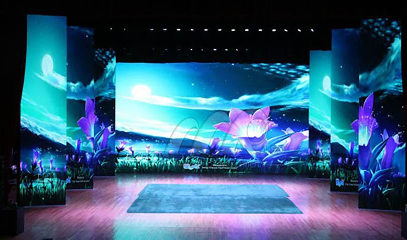 Lắp đặt màn hình LED sân khấu tặng BXL